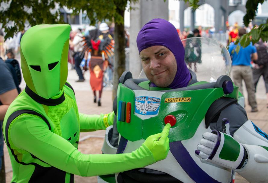 Buzz Lightyear Cosplay